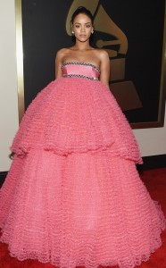 Best 5 Rihanna in Giambattista Valli