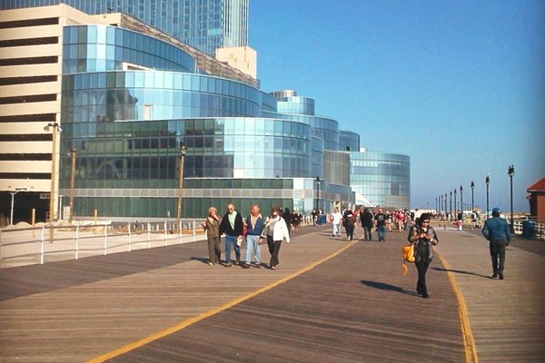 Atlantic City Casinos Closing The Death of the Boardwalk Empire