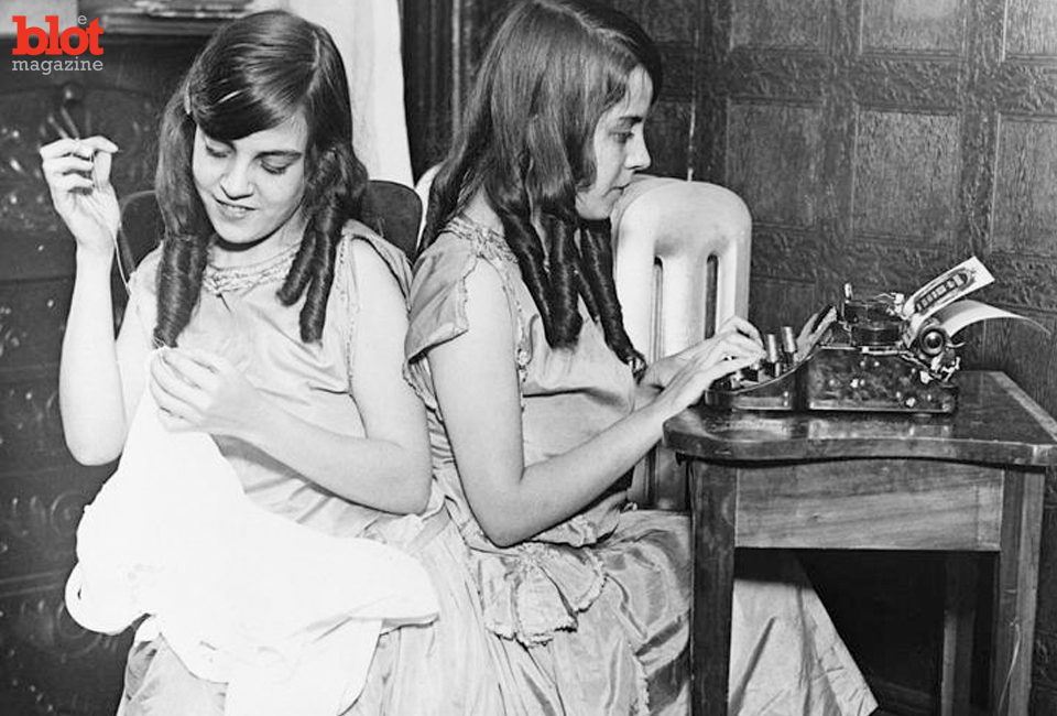 "An ""American Horror Story: Freak Show"" subplot was inspired by real-life conjoined twins Daisy and Violet Hilton, who spent years on the vaudeville circuit. (Quazoo.com image)"