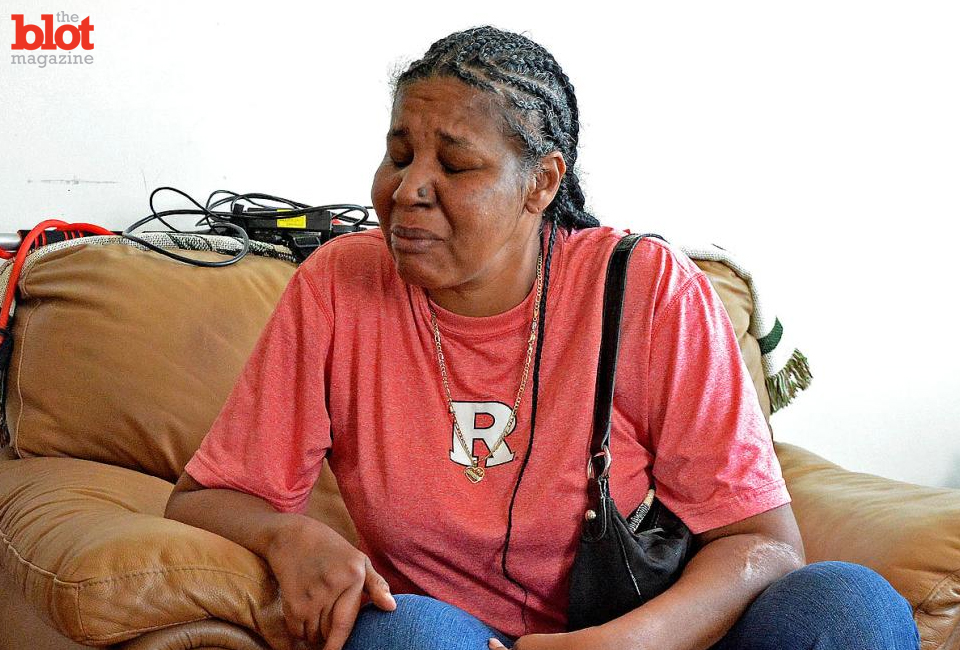 Dorri Olds reflects on Eric Garner's widow telling NBC's 'Meet the Press' that she doesn't think her husband's death was 'a black and white thing.' (NYDailyNews.com photo)