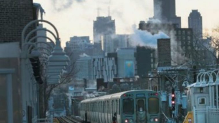 Extreme Life Expectancy Range on Chicago Rail Line by Zip Code