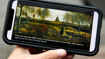 Coronavirus Closes Dutch Museum, Thieves Steal Van Gogh Painting