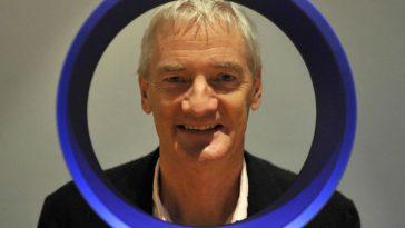 Dyson Vacuum Inventor Designs Ventilator in 10 Days, Will Produce 15,000