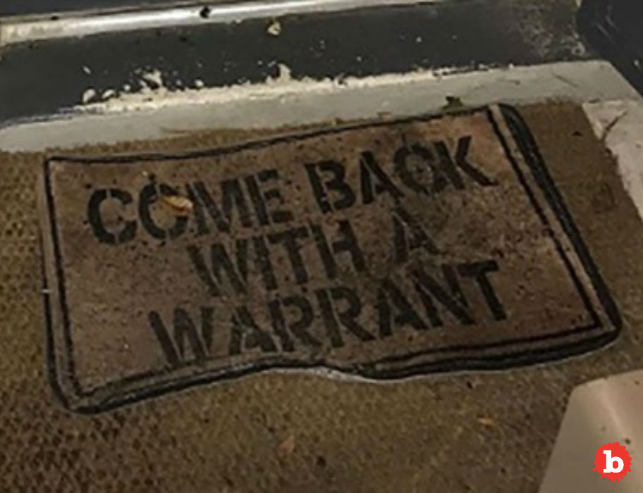 Florida Home Doormat Says Get a Warrant, Police Oblige
