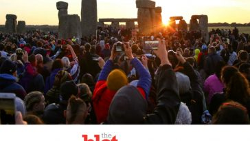 Livestream Summer Solstice At the Ancient Stonehenge