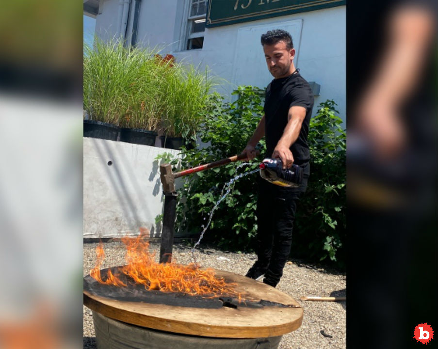 Southampton Eatery Burns Epstein and Weinstein's Regular Table